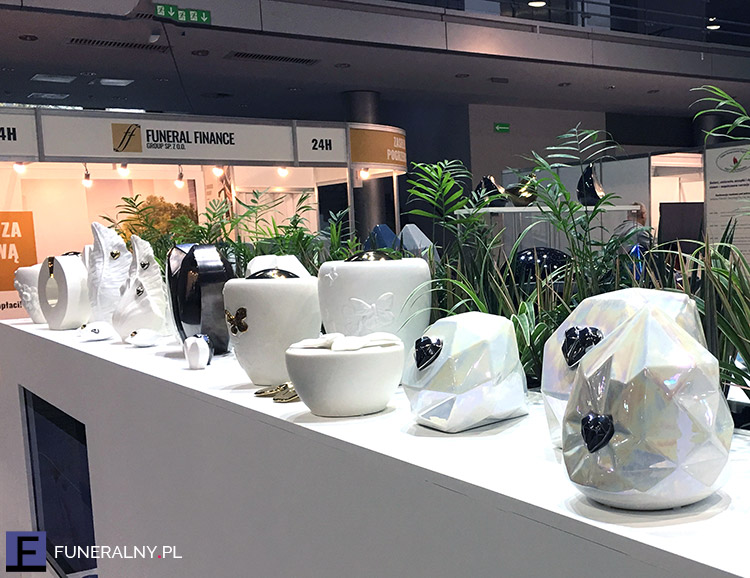 Urny ceramiczne - targi memento